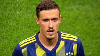 Fenerbahçe'nin yıldız oyuncusu Max Kruse İstiklal Marşı'nı okudu